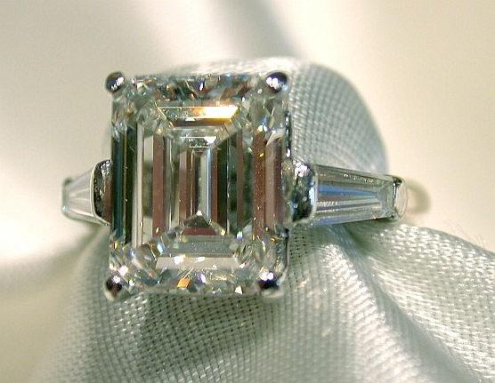 Notable and Unique Diamonds Seen on Ebay