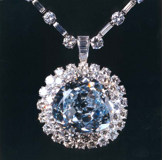 Top 6 Most Beautiful and Expensive Diamonds In The World