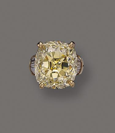 An Unnamed 37-carat Yellow Cushion-Shaped Diamond ab40b0717